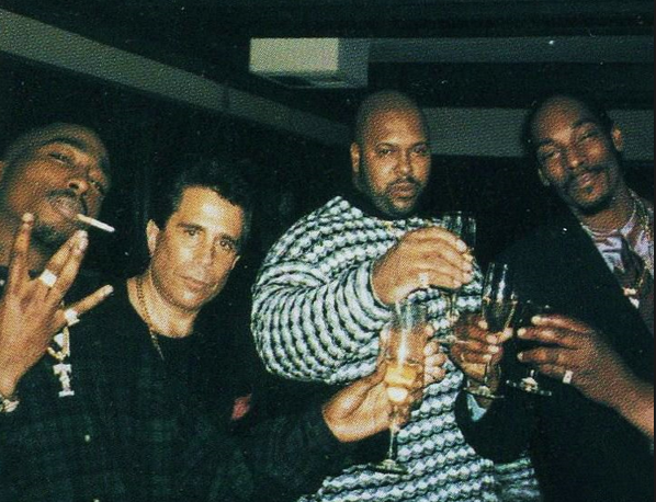 Tupac, l'avvocato Kenner, Suge Knight e Snoop Dogg